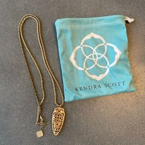 Kendra Scott Gold Pendant Necklace